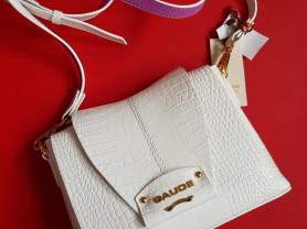 Новая белая кожаная сумка кроссбоди Италия