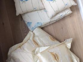 Покрывало и подушки на кровать