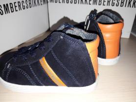 Ботиночки Bikkembergs -21-13,5 новые посленяя пара