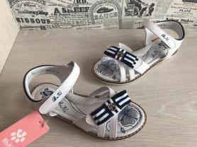 новые сандалии Бики для девочек