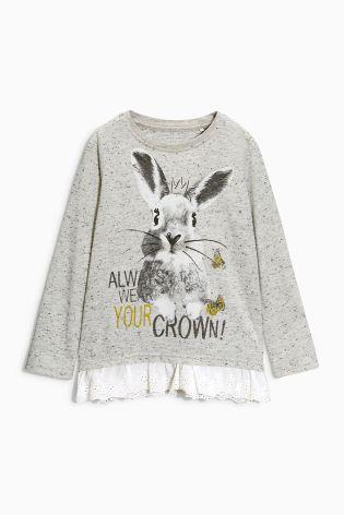 Кофта с кроликом и оборкой