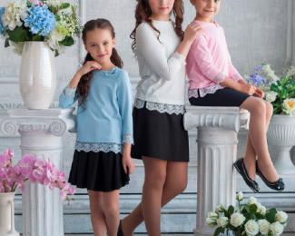 Школьная форма и красивые праздничные платья