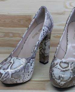 Кожаные туфли на удобном каблуке. Новая коллекция!