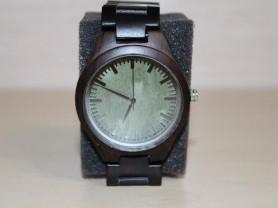 Новые часы мужские из древесины