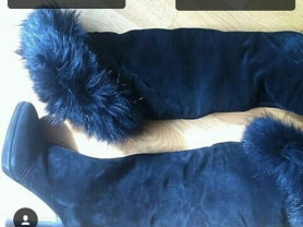 Ботфорты сапоги новые Ferre Италия размер 39 чёрные замша на платформе мех енот сверху на отвороте и внутри кролик зима обувь