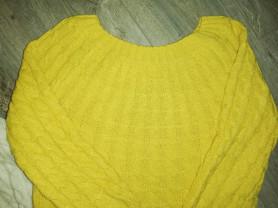 Кофточка - свитерок р. 42-44, вязанный рисунок кос
