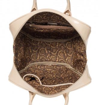 Необычные сумки от versace