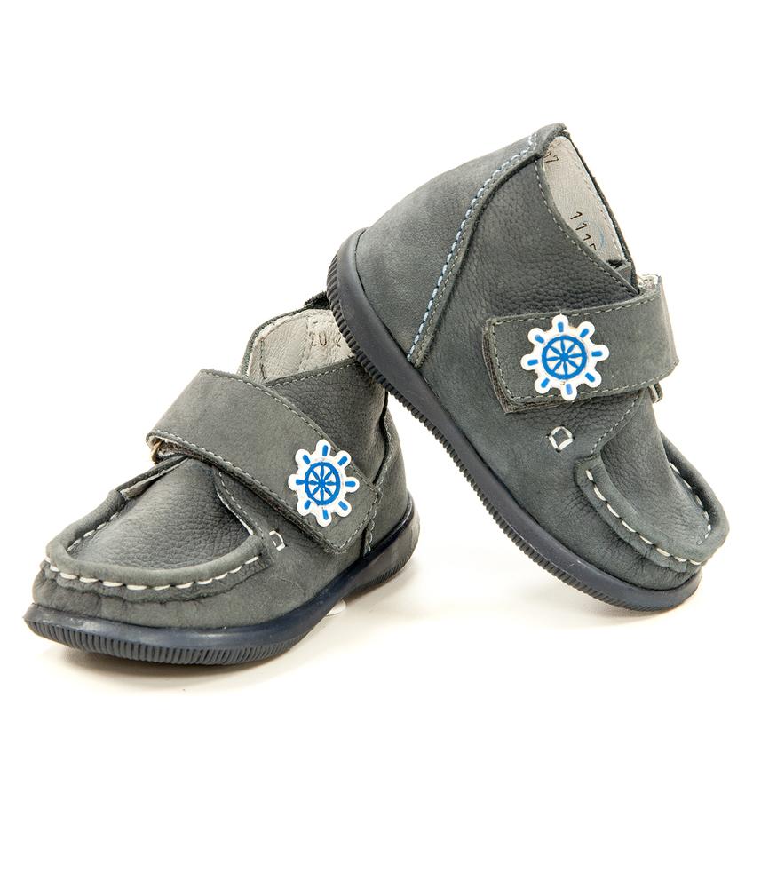 Ботинки для ясельного возраста
