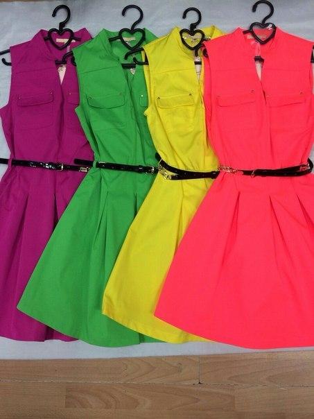 Модная одежда оптом рядами