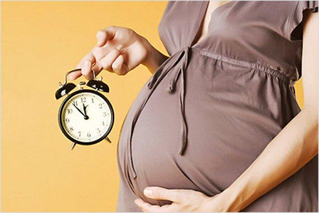 Предвестники родов у повторнородящих, отличия от первых родов
