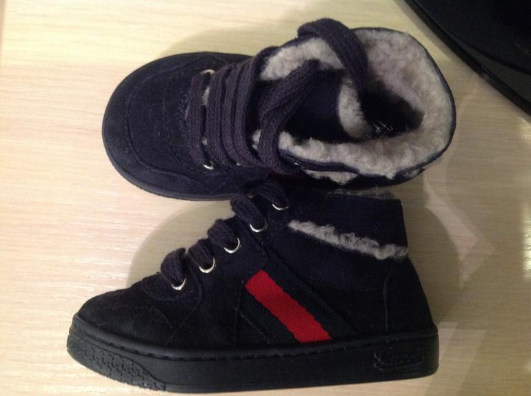 91b1b1482c81 Зимние ботинки Gucci 21р. На узкую ножку. Сильно маломерят, по стельке 12  см. Цена 3500р.