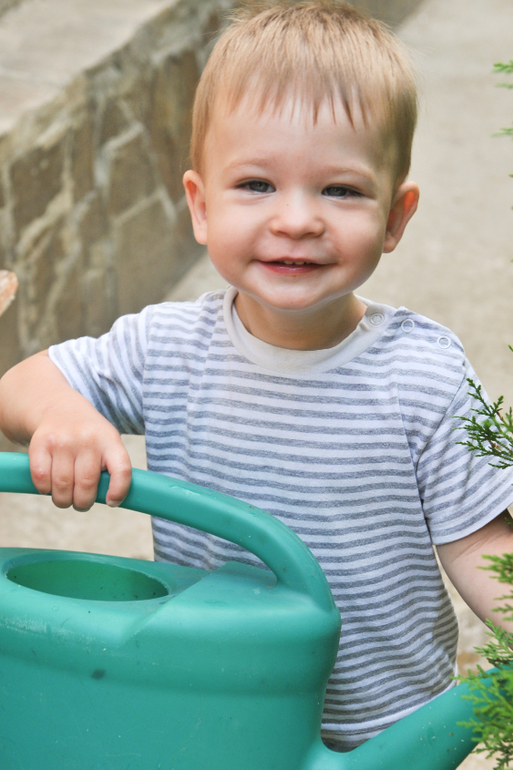 children s development 9 18 months Baby development: your 9-month-old what baby milestones you can expect your child to achieve when she's 9 months old your child's second year of development.